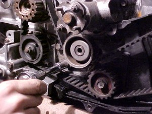 Timing belt change Subaru EA82