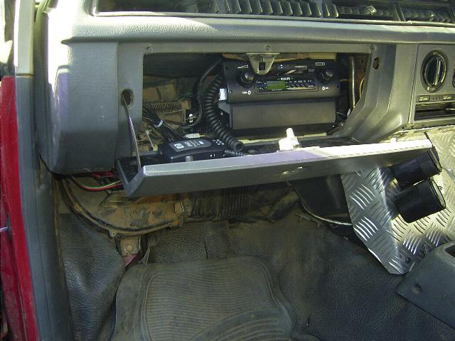 Subaru Glovebox radio