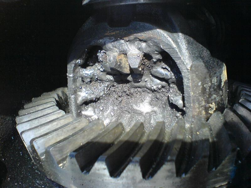 Offroading Subarus » Blog Archive » Welding the R160 in the rear of